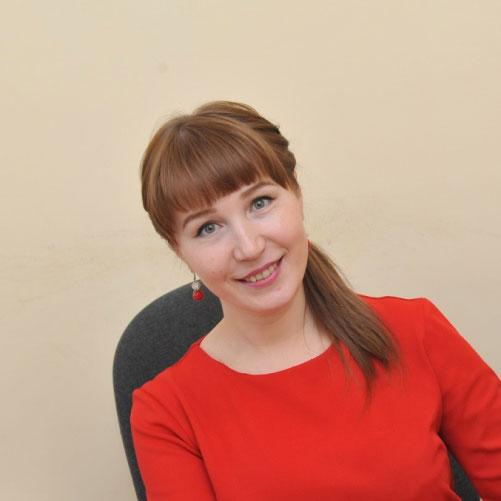 Алёна Яковлева - Кугарня газет